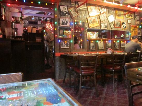 The Bubble Room Restaurant: the decor inside
