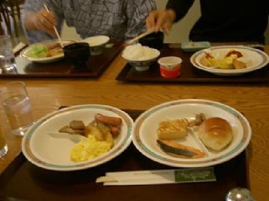 Hotel Mielparque Matsuyama: 宿の朝食。夕食ほどではないが、かなりの美味さ。