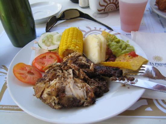 Chicken!! YUMMY: fotografía de Grand Bahia Principe Jamaica, Runaway ...
