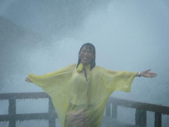ถ้ำแห่งสายลม: you will get wet!