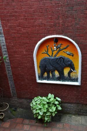 Arusha Naaz Hotel: fresque