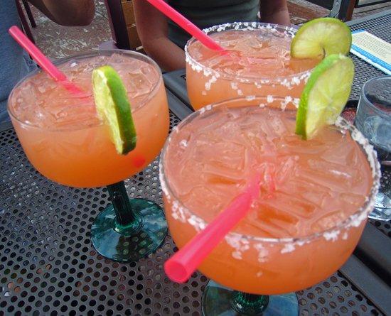 Rancho Viejo: Pomegranite Margaritas