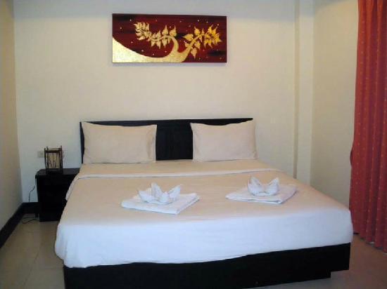Nirvana Inn: Room 401