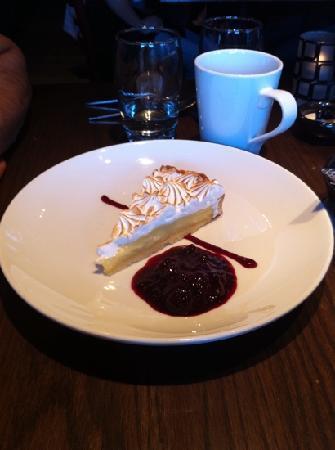 NOtaBLE - The Restaurant: Lemon meringue