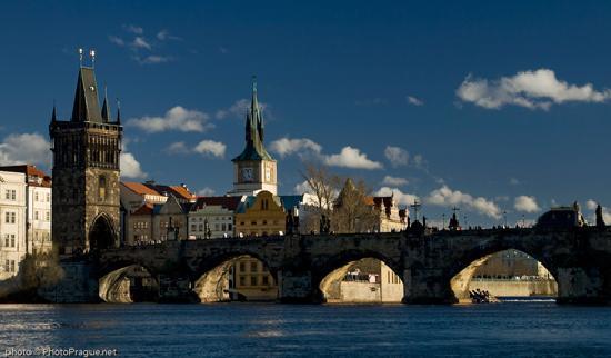 Avantgarde Prague Tours: Le pont Charles de Prague