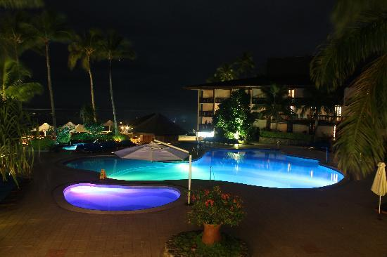 Coral Coast, Fiji: The main swimming pool with swim up bar