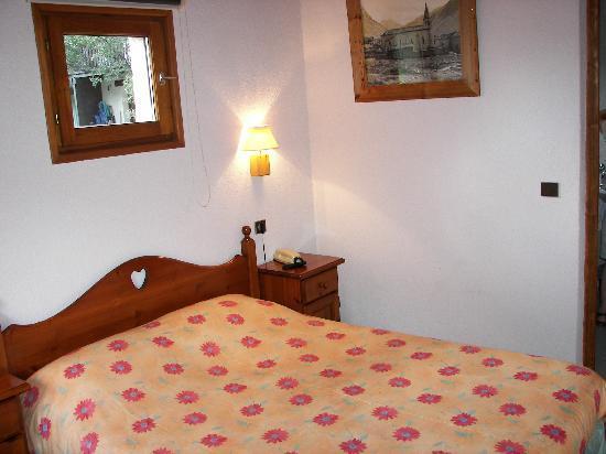 Hotel a la pastourelle bewertungen fotos for Chambre d autre