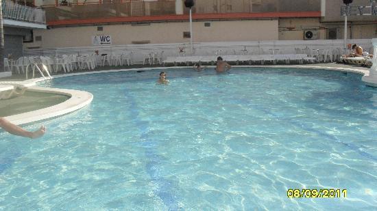 Reymar Playa: Pool area