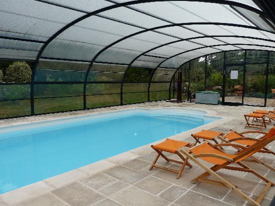 l'arbre voyageur : la piscine couverte... et chauffée