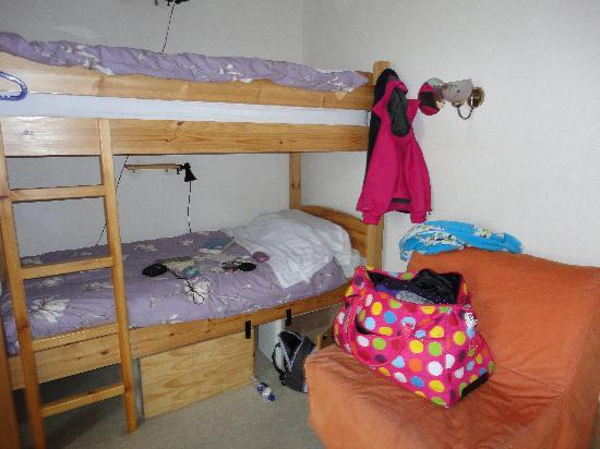 Heb Hostel: upstairs 'girls' room!