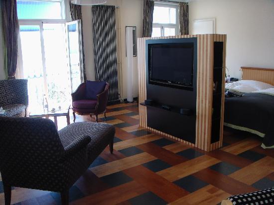 โรงแรมอาร์ทเดโก มอนทาน่าลูเซิร์น: Jr Suite