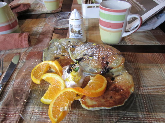 The Railway Dining Car: Blueberry Pancakes