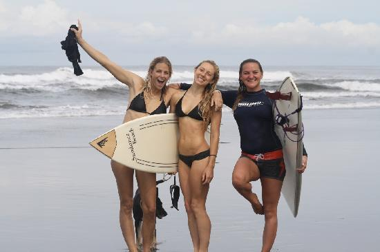 Surf With Amigas- Women's Surf and Yoga Retreat: Great fun...