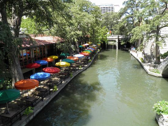 Best Hotel Location On Riverwalk San Antonio