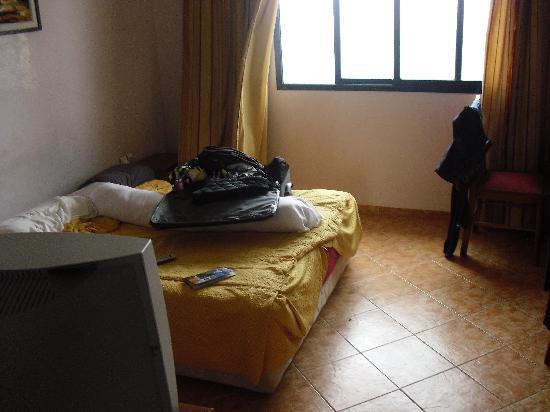 Hotel Residence Rihab : horrible room
