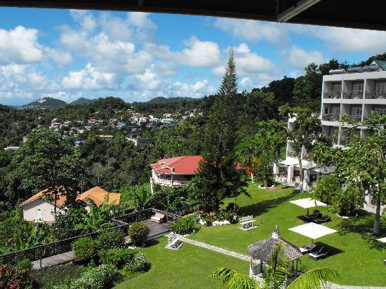 Bel Jou Hotel: View from restaurant balcony