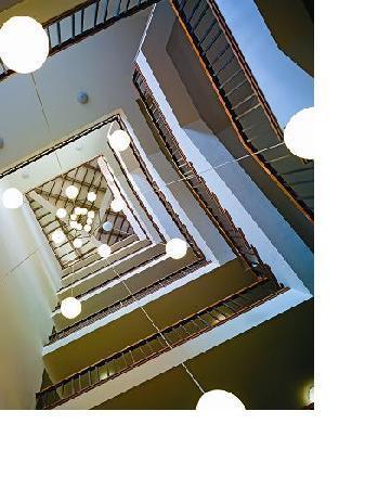 Estelar Apartamentos Bogota: Escaleras