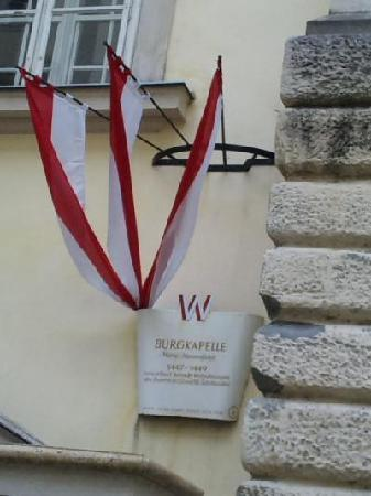 Die Burgkapelle (Home of the Vienna Boys' Choir): 礼拝堂の目印