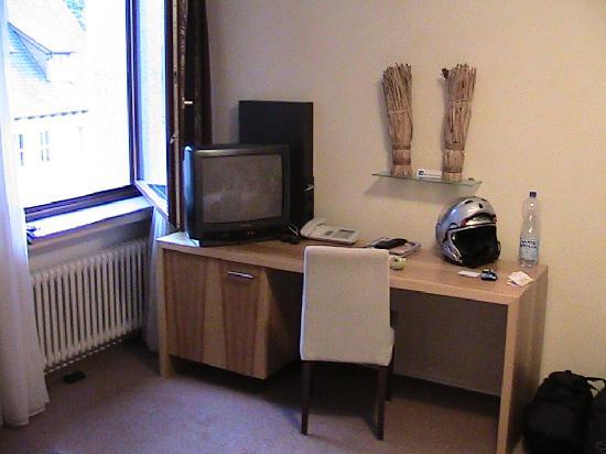Hotel Restaurant Maier: Bedroom 1