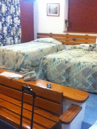 Visa Lodge : Room