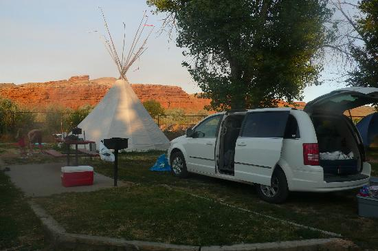 Fountain of Youth Inn : emplacement avec tipi