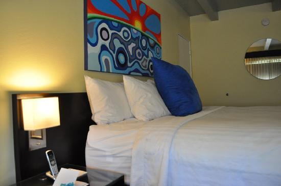 Hotel Current: nice bedroom