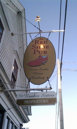 The Red Shoe Pub: sign out front