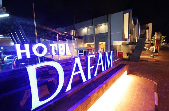Dafam Hotel Cilacap: Exterior