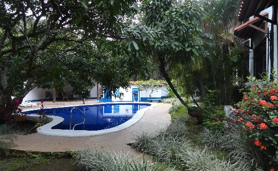 Hotel Aeropuerto Costa Rica: Pool
