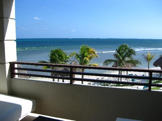 Secrets Silversands Riviera Cancun: Our balcony view!