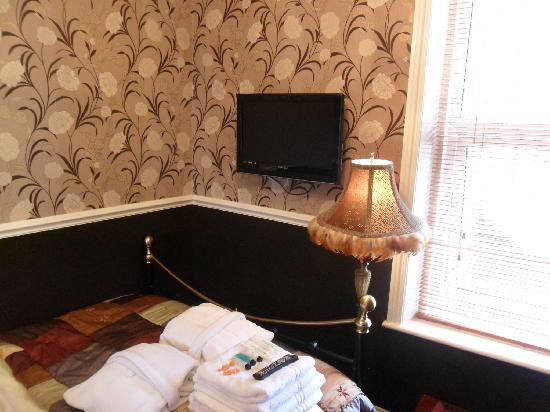 Brownes hotel: Room 1