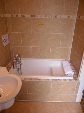 Brownes hotel: Room 1 en-suite