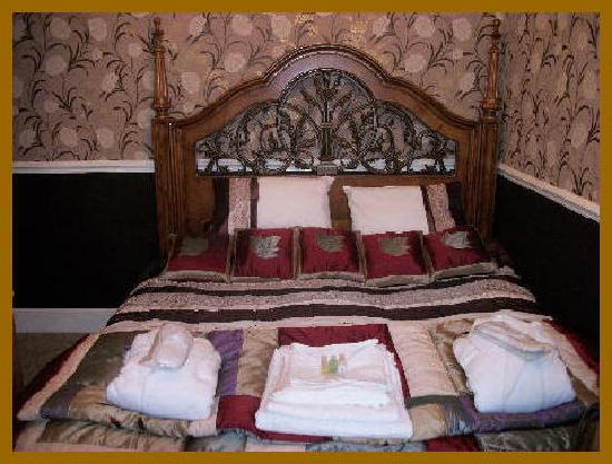 Brownes hotel: Room 3