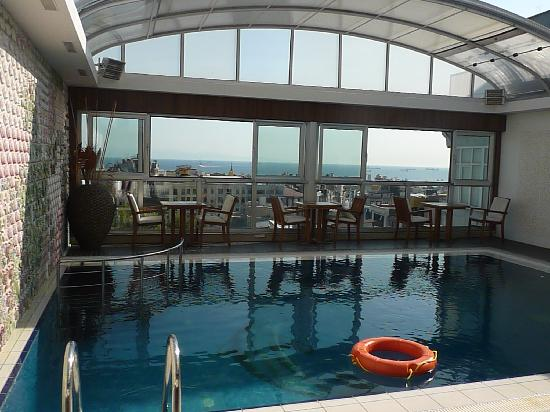 Rooftop Pool Picture Of Zagreb Hotel Istanbul Tripadvisor