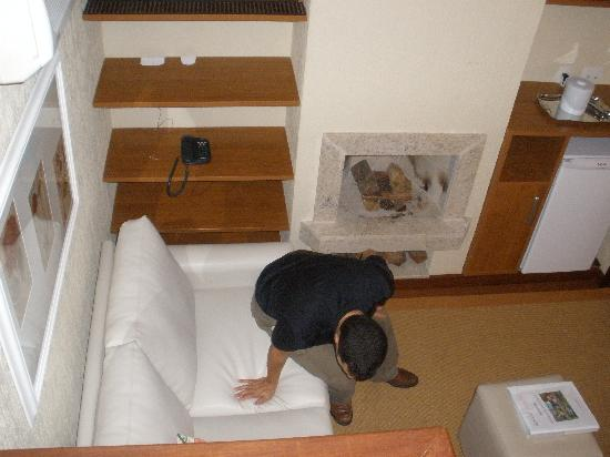 Estalagem Quinta do Lago: living room in our room