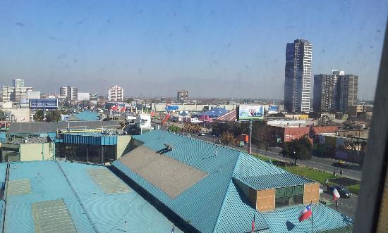Ibis Santiago Estacion Central: Visão da janela do Hotel.