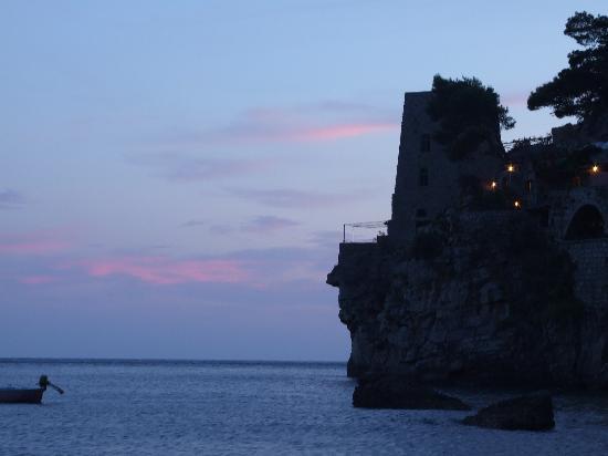 Hotel Il Gabbiano: Spiaggia il Fornilo