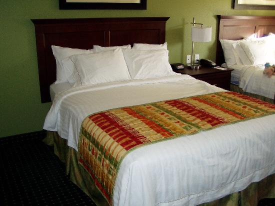 TownePlace Suites Boise Downtown: Bed in the room