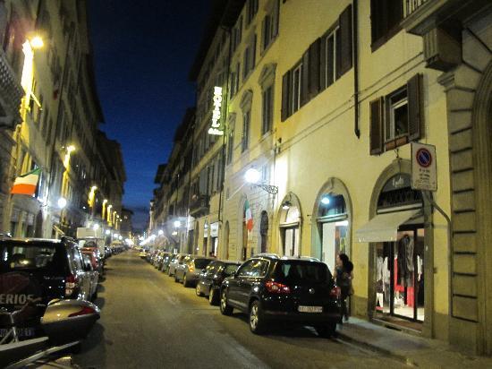 Hotel Goldoni : Street view