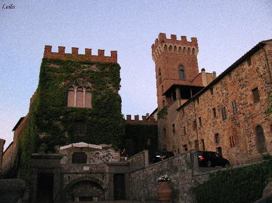 Montecatini Val di Cecina, إيطاليا: Il Castello di Querceto