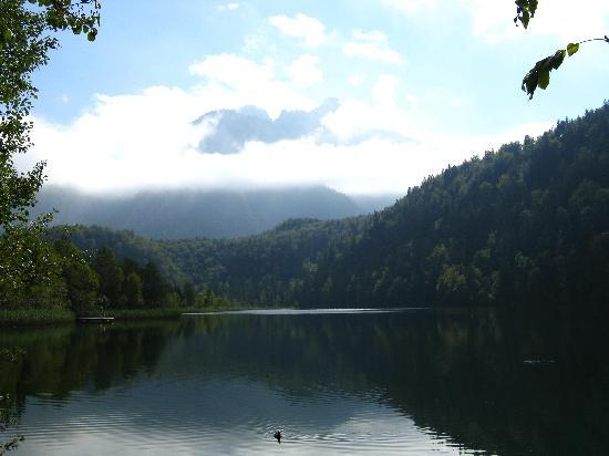 Bus Bavaria Neuschwanstein Castle Tours: Lake at the end of the bike trip