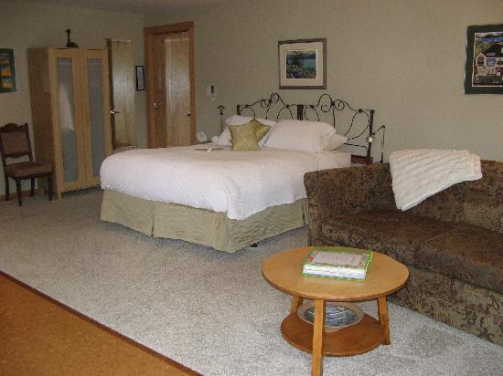 Cormier's Studio: Lakeside suite