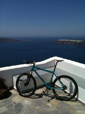 Villa Lukas: My bike ready for a morning ride! Tor