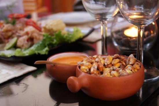 Peru Star Apartments Hotel: Traditional toasted corn. Mmmm!
