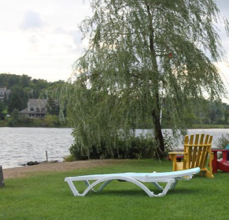 Fairy Bay Guest House: private beach