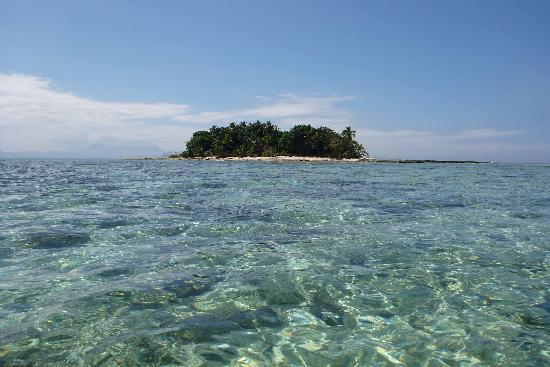 Lalati Resort & Spa : Approach to private island