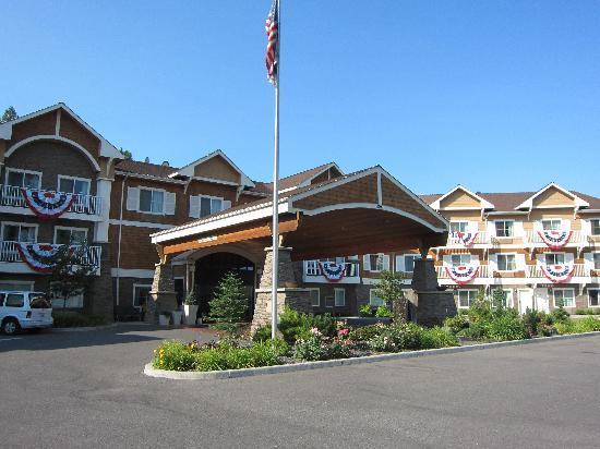 Holiday Inn Express Hotel & Suites - Coeur D'Alene: Front Entrance