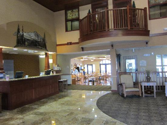 ‪‪Holiday Inn Express Hotel & Suites - Coeur D'Alene‬: Lobby‬