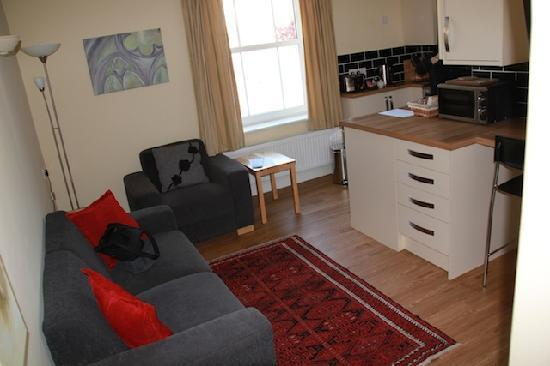 Peartree Serviced Apartments Salisbury: Sitting
