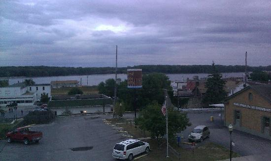 Hannibal, MO: View from 3rd floor